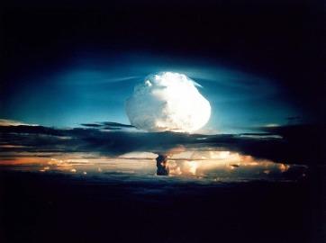hydrogen-bomb-63146_640 - Copy