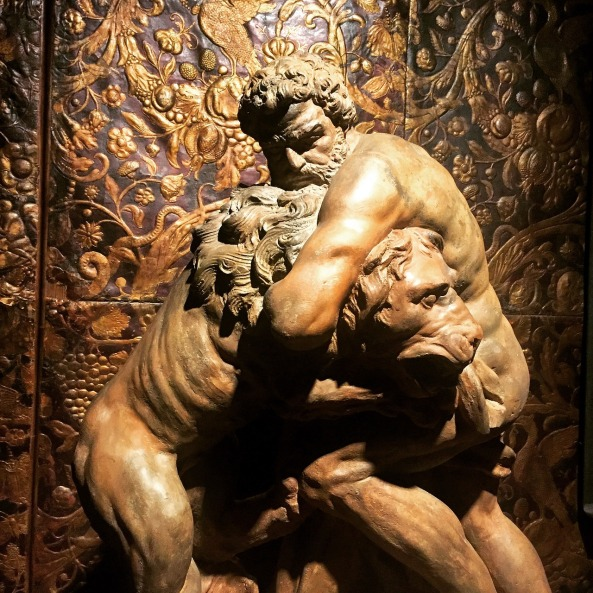 statue-1684616_1280