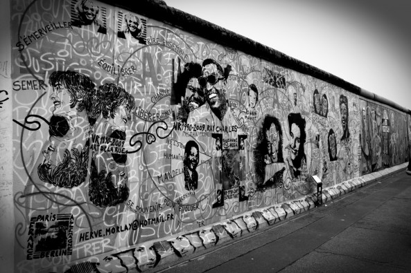 berlin-wall-1391130968Mzr