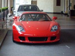 Porsche_Carrera_GT_(2)