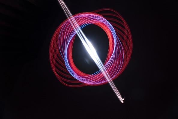 light-2409806_1920